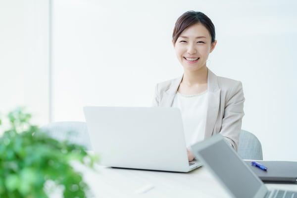 業務ボリュームに応じて、週1日程度の稼働から運用代行が可能